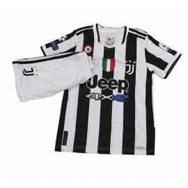 Juventus Екип Роналдо нов бели гащета